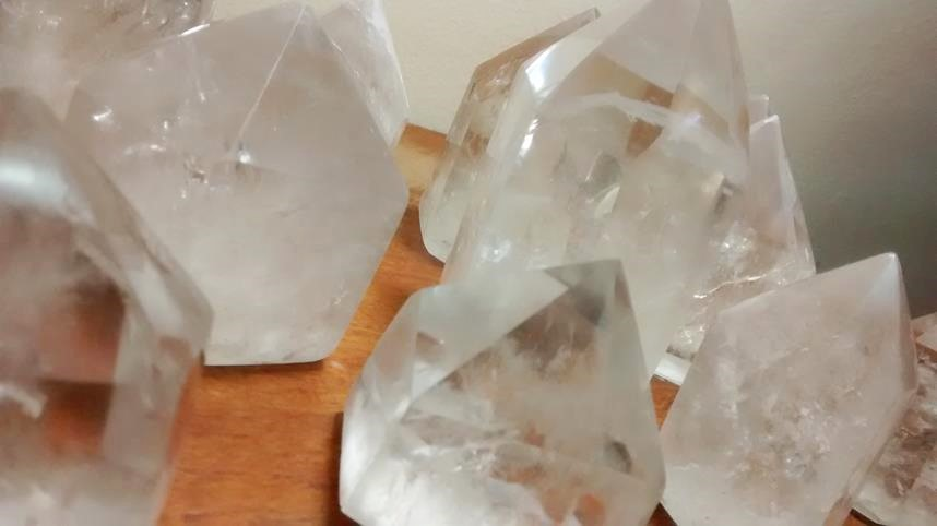 Stones from Uruguay - Polished Crystal Points with Cut Base