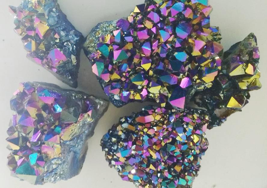 Stones from Uruguay -  Green Rainbow Titanium Aura Amethyst Clusters for Decoration, Green Rainbow Titanium Amethyts Druzy for Gift