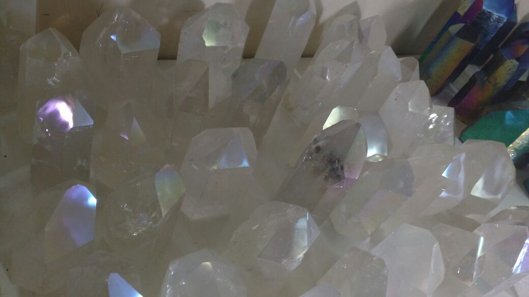 Stones from Uruguay - Light Angel Aura Quartz Crystal Point with Cut Base for Gift and Decoration