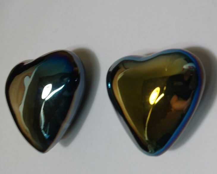 Stones from Uruguay - Aquarelle Titanium Aura Agate Heart for Gift and Decoration