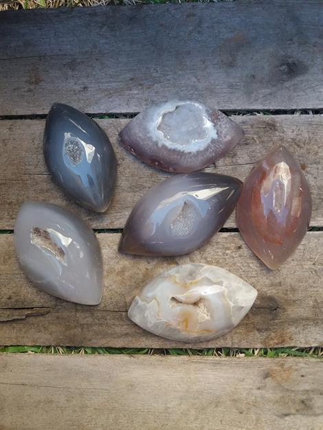 Stones from Uruguay - Polished Agate Geode Druzy Maquise  for Decoration and Home/ Agate Geode Druzy Agate Gemstone Cabochon Marquise for Gift