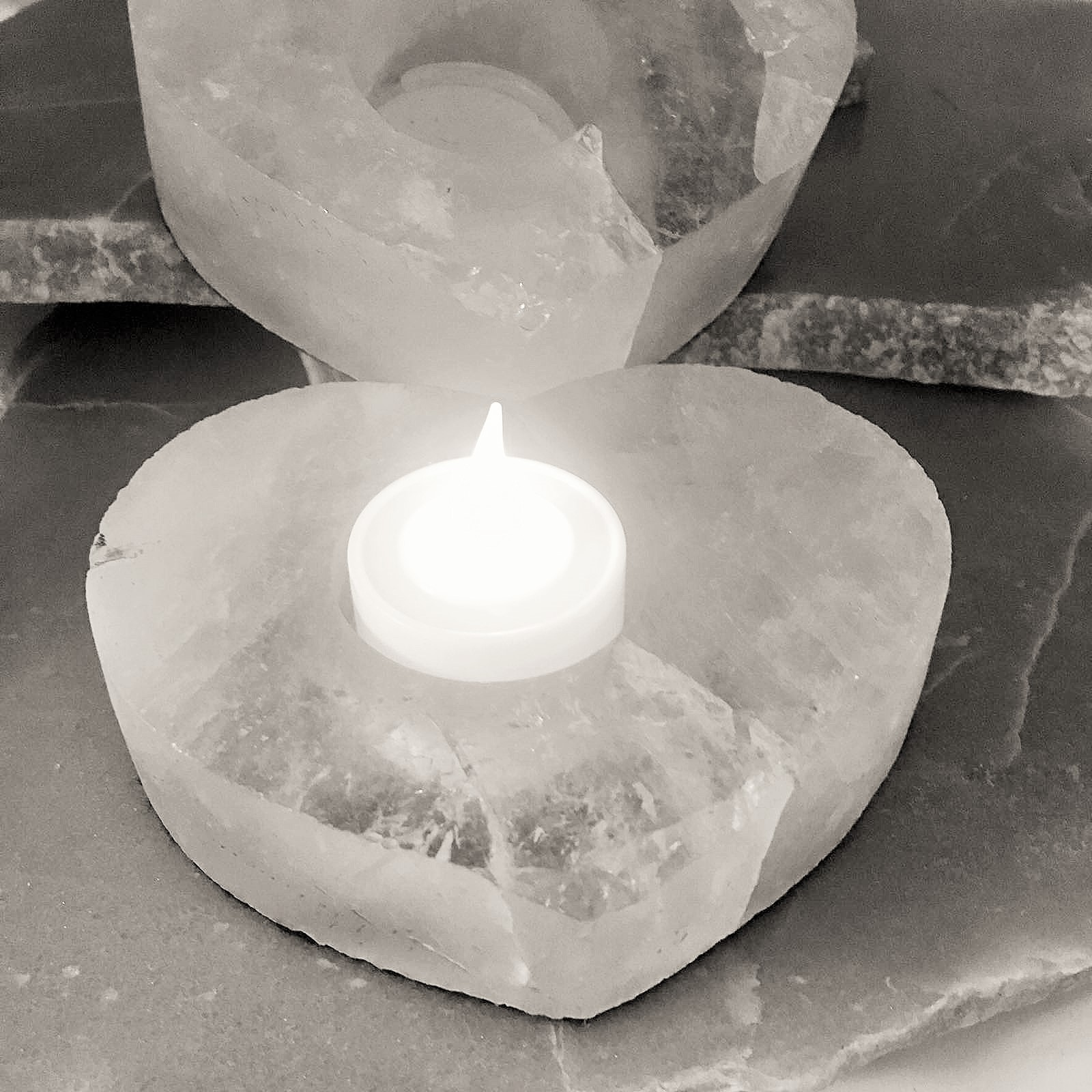 Stones from Uruguay - Clear Quartz Heart Tea Light & Candle Holder