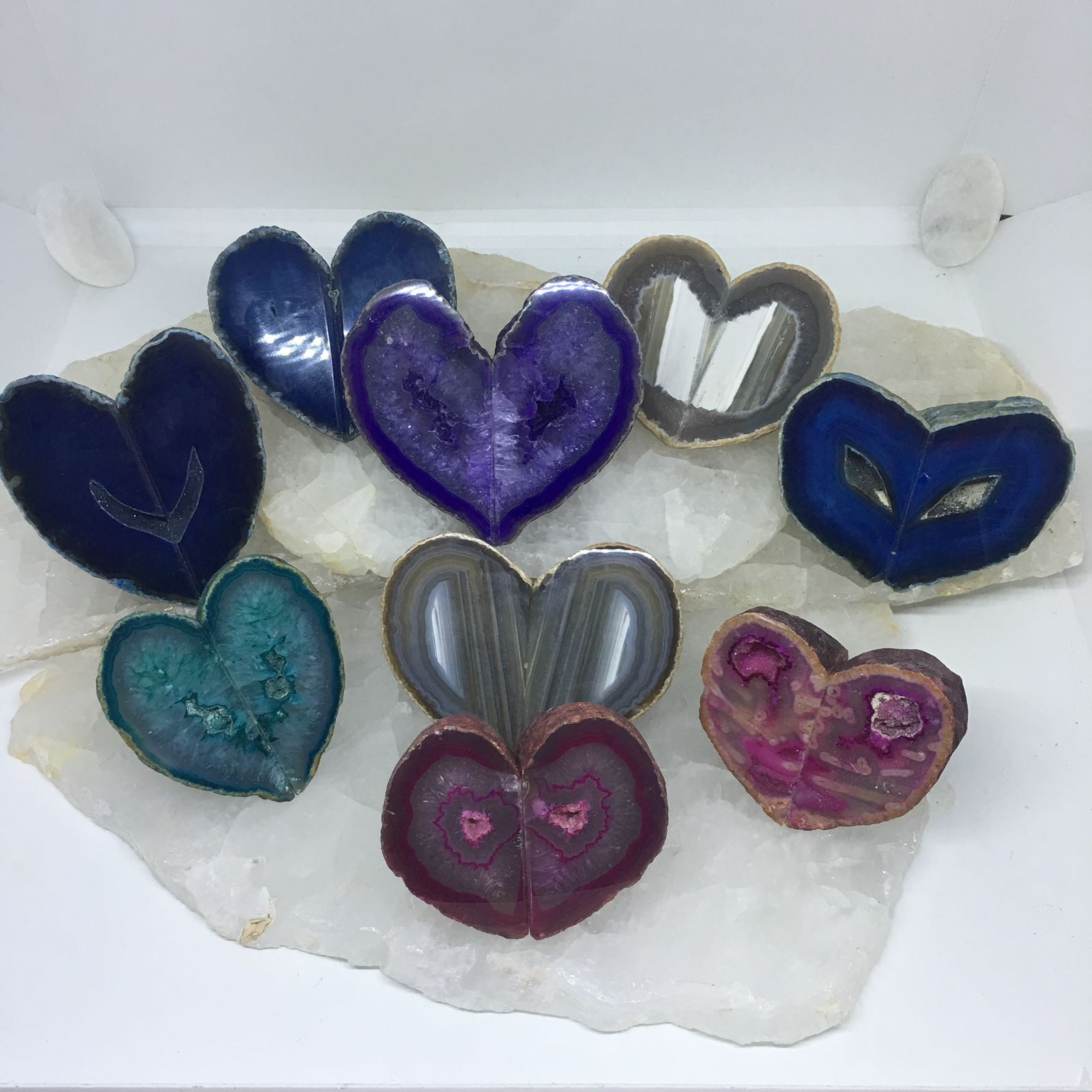 Stones from Uruguay - Dyed Agate Heart